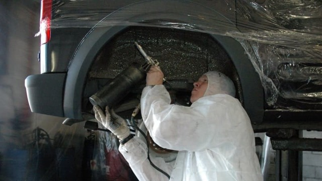 Антикоррозийное масло против процесса ржавления металла