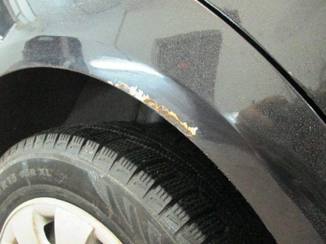 Как убрать сколы на автомобиле